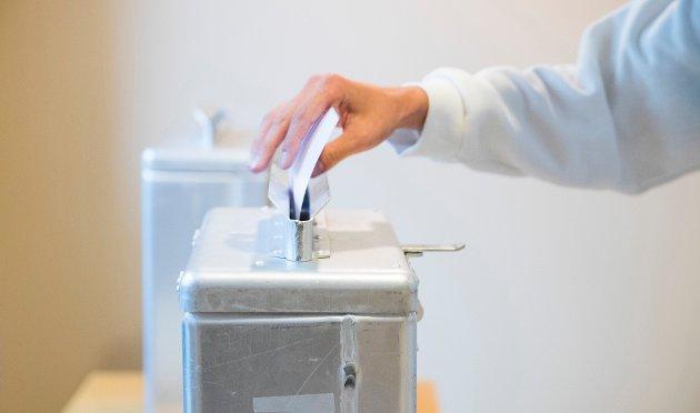 Klok nok? Kompetanse og kunnskap har alltid vært et argument mot å utvide stemmeretten, skriver innsenderen som vil gi 16-åringer mulighet til å stemme. Illustrasjonsfoto:  NTB scanpix.