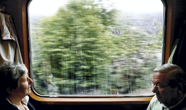 Vi er glade for at mange turister velger Bergensbanen, og forstår godt at de heller vil se fjorder og fosser enn  å studere fjellene fra innsiden, skriver Tony Dæmring i Bane NOR. Han påpeker likevel at utsikt ikke er det eneste å ta hensyn til ved planlegging av jernbane.