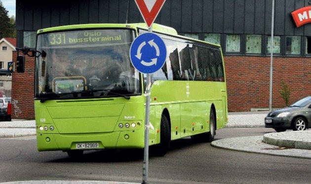 EL-KRAV:  Bakgrunnen for innfasingen av elbusser på Romerike, er nye krav Ruter har stilt for nye kontrakter.Foto:  Rune Fjellvang