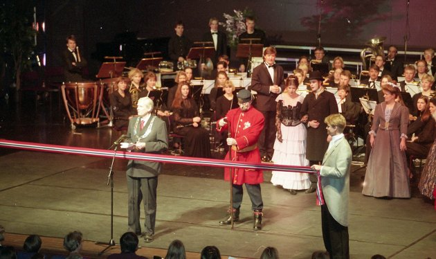 1. januar 1995: Sandefjord by er 150 år  Byjubileum,Hjertnes  Ordfører Per Ramberg åpner jubielumsåret