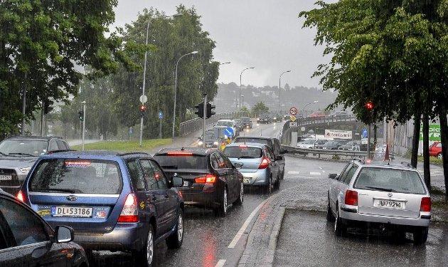 """ETTERLYSER SVAR: """"Jeg lurer veldig på hvordan Lise Christoffersen og de øvrige politikernekan forsvare Buskerudbyens løsning på trafikkproblemeti Drammen"""", skriver Ståle Nygård fra Drammen."""
