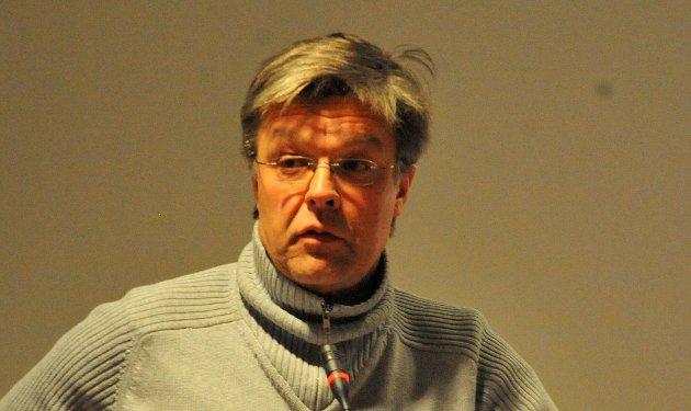 NAVNEDEBATT:Tore Berg argumenterer for å utvide bruken av stedsnavnet Rotnes.
