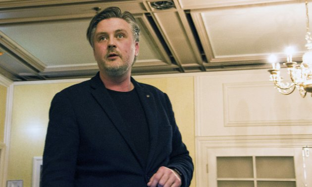 Herlig direkte stil: Gründeren Daniel Döderlein brakte energi inn i forsamlingen til Larvik Næringsforening. foto: Kjersti bache