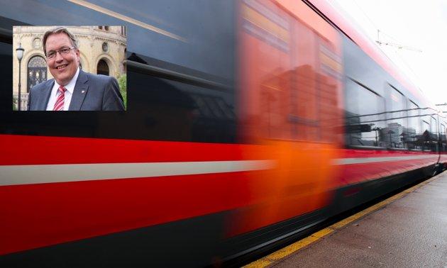 I sommer har en rekke togreisende opplevd hvor dyrt det er blitt hvis en for eksempel skal kjøre tog fra Sørlandet til Trøndelag eller Nordland. Arbeiderpartiet vil ha et taktskifte i jernbanepolitikken, skriver Sverre Myrli, transportpolitisk talsperson, Arbeiderpartiet.