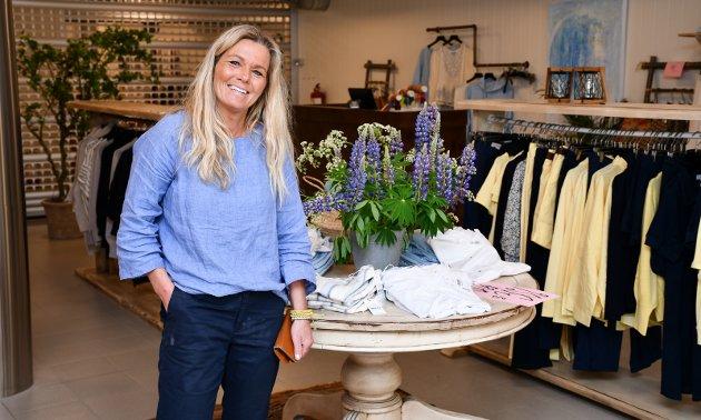 SOMMERBUTIKK: Kanskje flere av de lokale butikkeierne bør gjøre som Wenche Mastereid hos Classique – og starte sin egen sommerbutikk? spør KV-redaktøren. Foto: Jeanette Brubakken