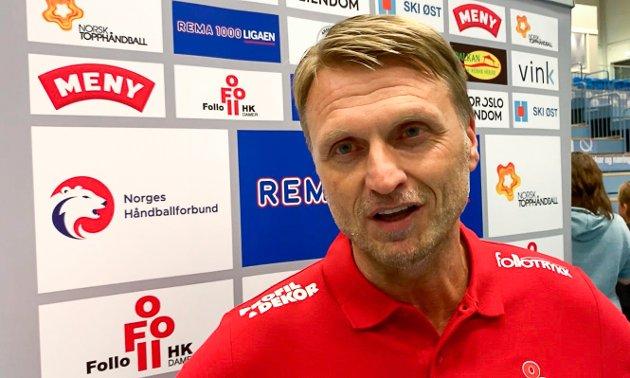 Follo HK Damer-trener Lars Abelsen var strålende fornøyd med tidenes første eliteseriekamp på hjemmebane, til tross for klart tap mot Vipers.