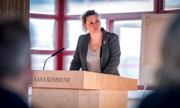 Hilde Rønningsen (SV) omtalte skoleopposisjonen for «reverseringskamerater».