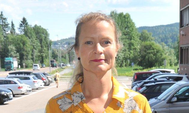 IKKE HELT I MÅL: Trekløveret Ida Eliseussen (Sp, bildet), Vidar Myhre (MDG) og Atle Skift (Rødt) regner med at fungerende ordfører Inge Solli har forståelse for at de stiller spørsmål når de opplever at politisk ansvar og rollefordeling i ordførersaken ikke fungerer.