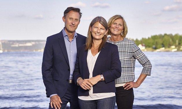 Svarer: Håvard Vestgren, Lene Conradi og Monica Vee Bratlie fra Asker Høyre svarer Asker Ap.foto: innsendt