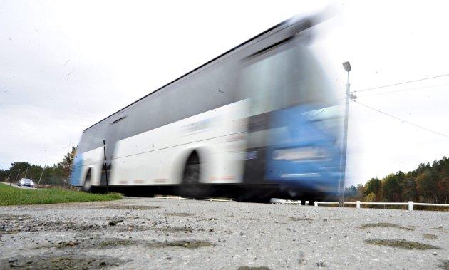 Inge Mellemsæther trodde at bussen var til for at folket skulle reise med den ...