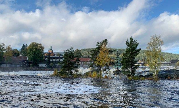 Mye vann nedenfor Nybrufossen.