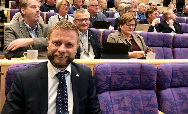 UNDERVEGS: Helseminister Bent Høie vil vedta etablering av et Mjøssykehus.