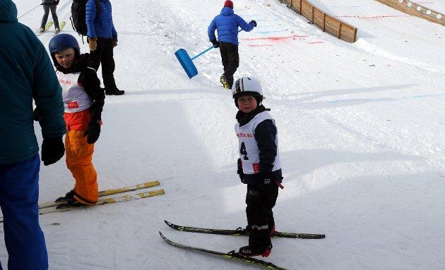 Martin Hafslund Semmingsen fra Lillehammer var på vinterferie og benyttet anledningen til å bli med på hopprenn i Hamran hoppanlegg.