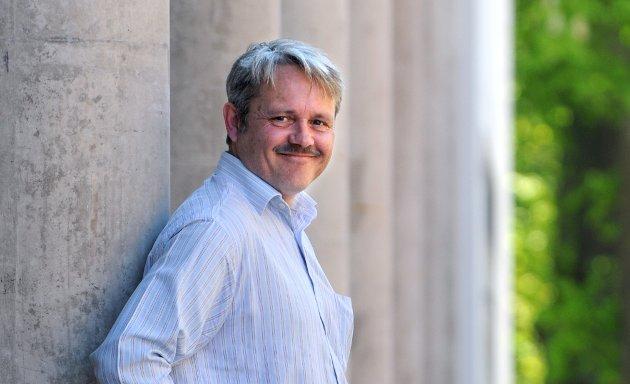 Bjørnar Laabak driver simpelt og kynisk frieri til Frps supportere, mener forfatteren av innlegget.