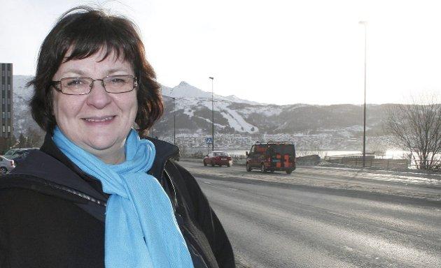 May Valle (Venstre) går hardt ut mot fylkesrådsleder Tomas Norvoll