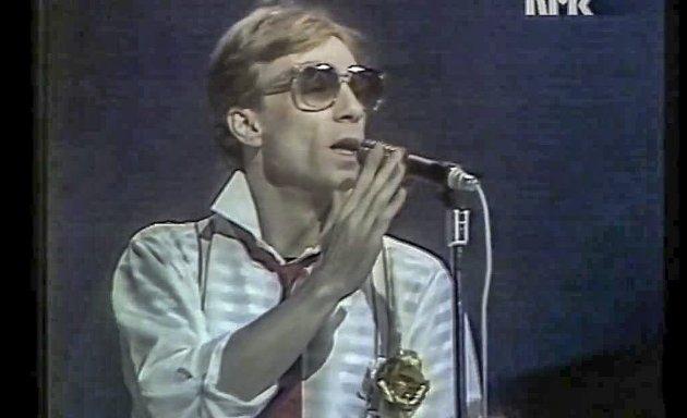 MIL ETTER MIL: Jahn Teigen sang Melodi Grand Prix- klassikeren Terje Vidar Høvik trekker paralleller til i dagens Signert.