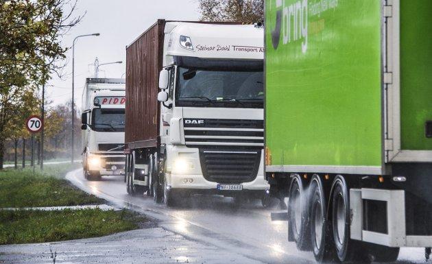Må få bedre vei: Økt havnekapasitet gir også mer tungtrafikk. Arkivfoto: Geir A, Carlsson