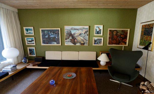 FØR: Slik så stuen ut før Pål Jæger-Pedersen solgte foreldrenes livsverk i 2017. Han har tidligere fortalt til Haugesunds Avis at foreldrene var svært opptatte av interiørdesign.