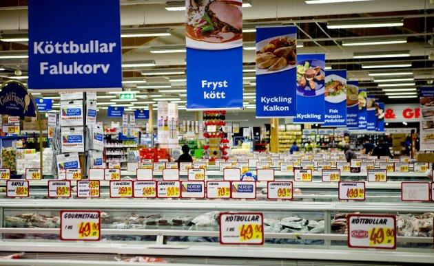 Kjell E. mener at alle de som nå skjønner verdien av å ha en velfungerende matvarebutikk i nærmiljøet bør tenke seg om før de fortsetter med svenskehandelen etter at situasjonen har normalisert seg.