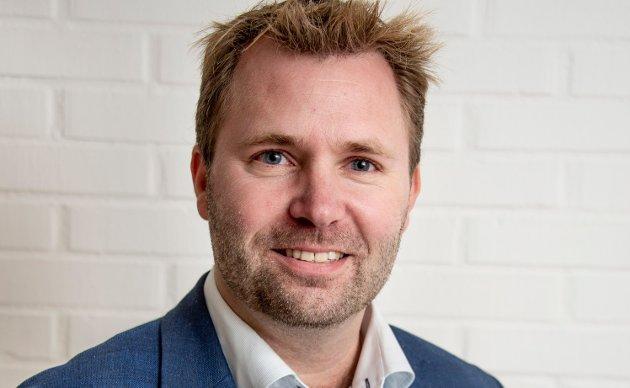Arne Sekkelsten: –  Vi lover ikke mye, men det lille vi lover skal vi holde. Hvis du er enig i å styrke skolen bør du stemme Høyre.
