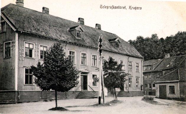 «Solbekks gård» heter den nå, men «Biørnegården» er vel et mer dekkende navn, fordi det var Henrich Biørn jr. som fikk bygd gården i den formen og størrelsen den har.