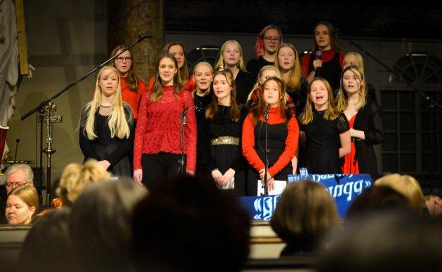 Kongsberg pikekors kammerkor sang blant annet «Stjernesludd».