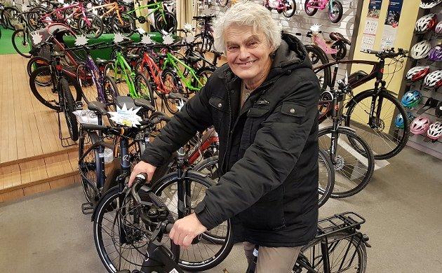 Håkon Stang ønsker å utvikle er mer avansert elsykkel som ligner på en bil og har større motor og større lasteevne.