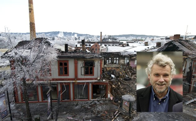 Arkitekt Sven Klausen er ikke imponert over hvordan politikerne håndterer Strgata 81.
