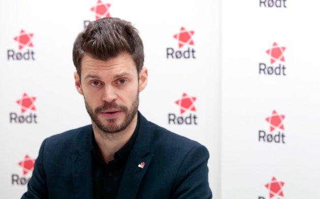 Det er synd at de øvrige partiene fortsatt holder fast ved «Fellessykehuset», mener Bjørnar Moxnes, leder i Rødt.