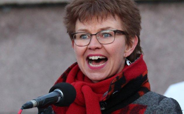 Nei til EU vil nå undersøke muligheten for å reise sak mot Stortinget for brudd på Grunnloven, skriver Kathrine Kleveland.