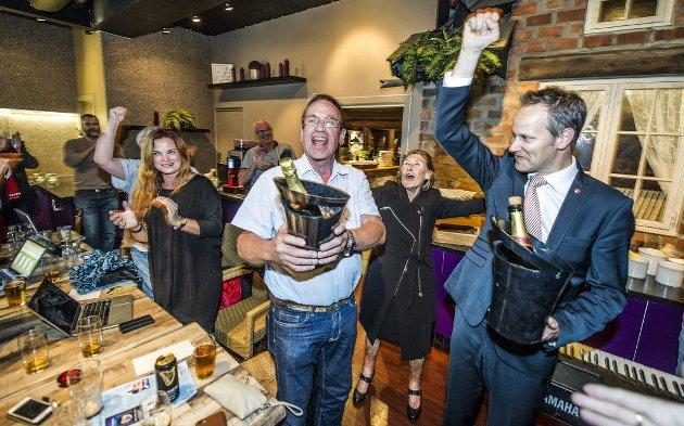 Jubel igjen? Aps Jon-Ivar Nygård og Sps Hans Ek hadde grunn til å sprette champagnen etter valget i 2015. Nå er avstanden ned til Høyre, Frp og sentrum langt mindre. (Arkivfoto: Geir A. Carlsson)