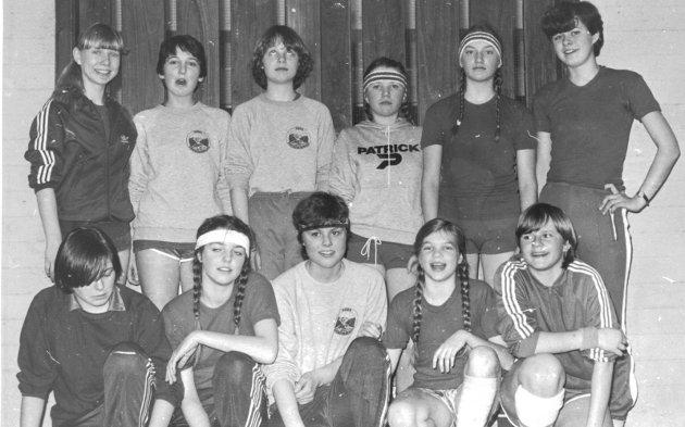 1981: Jentelag OI Håndball, mars 1981.