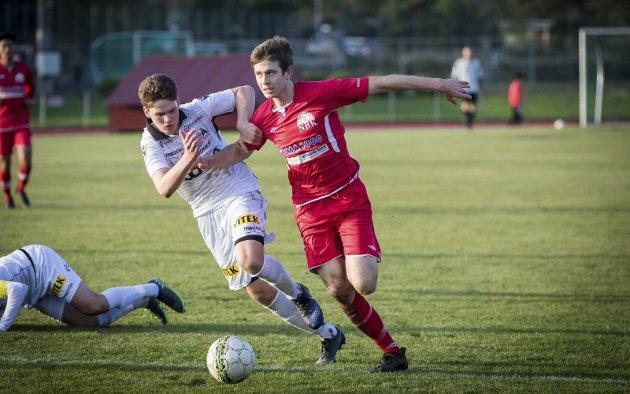 Andreas Bøe Snekkevik scora totalt 28 mål i serie og cup for NBK i sin siste sesong i NBK-trøya. Etter ein sesong for Tertnes i 3. divisjon er han no atter klar for NBK. Denne gongen i 5. divisjon. I kveld møter han Radøy FK til den store strilekrigen.