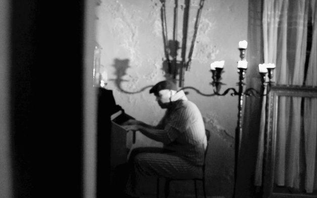 FRÅ «SYKE SINN»: Morten Fiskå planla først å laga eit album, som først blei til teaterstykket «Syke sinn har også hjerter». Nå blir songane frå teaterstykket slept gradvis og skal til slutt bli eit album.