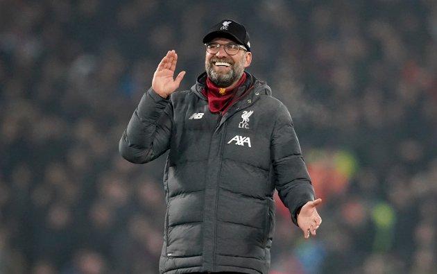 Jurgen Klopp feirer etter at Liverpool har slått Manchester United på Anfield i Liverpool.
