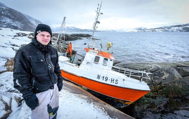 Andreas Drage (21) skal tilbake på sjøen tross den dramatiske opplevelsen. Først skal han være med noen kompiser som driver fiske for å prøve hvordan han reagerer.