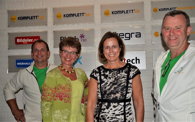 I dag er næringsutvikling uten internett utenkelig, det vet de blant annet på Komplett i Sandefjord, her er Senterpartiet ved Bjarne Sommerstad, Kathrine Kleveland og Per-Asbjørn Andvik på besøk.
