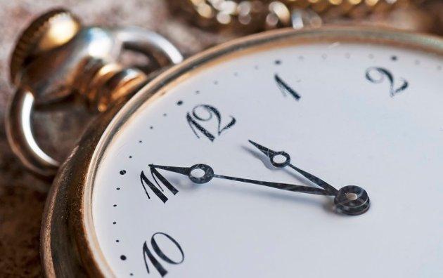 «Fem på tolv»: – Disse timene og minuttene som forsvinner med klokkens rundetider, påminner Græsdal.