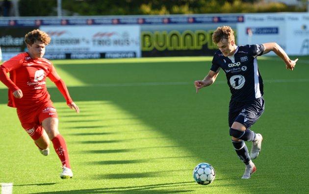 Oskar Sivertsen var en konstant trussel på venstrekanten i den omgangen han spilte.