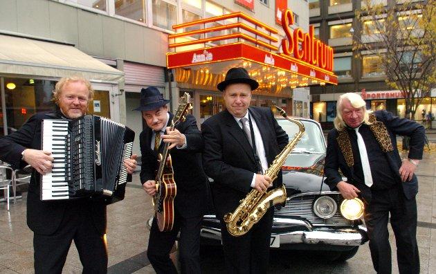 GIR SEG: Vazelina Bilopphøggers. Her fra en anledning da bandet arrangerte julebord på sentrum Scene i Oslo.