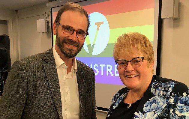 – Vi håper gatene fylles med folk som går for friheten til å elske den man vil,  skriver Venstre-politikerne Trond Svandal og Trine Skei Grande som selv går i Fredrikstad Pride  lørdag.