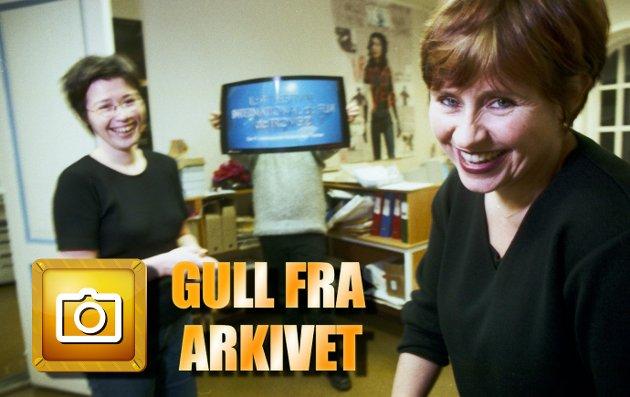 1999: Film-Norge tar helt av mot Tromsø Internasjonale Filmfestival, skriver Nordlys på forsida med bilde av festivalkoordinator Martha Otte og festivalsekretær Rannveig Berg-Jensen som jobber på spreng for å gjøre alt klart.