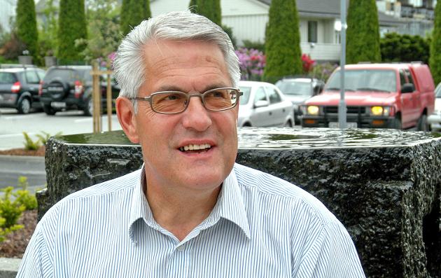 KREVER HANDLING: Tidligere Strand-ordfører Odd William Bøe krever at Strand-politikerne gjør noe umiddelbart med legekrisen.