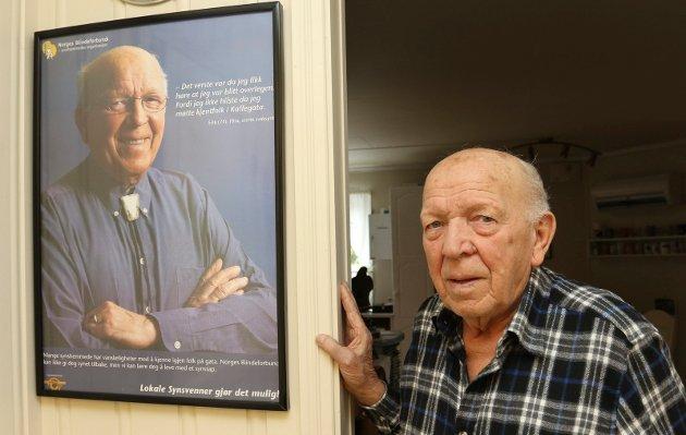 OPPFORDRING: 86 år gamle Erik Jakobsen på Flisa vil ikke ha 1930-åra tilbake. Han oppfordrer arbeidere til å slå ring om venstrekreftene fior å skaffe landet en ny regjering.