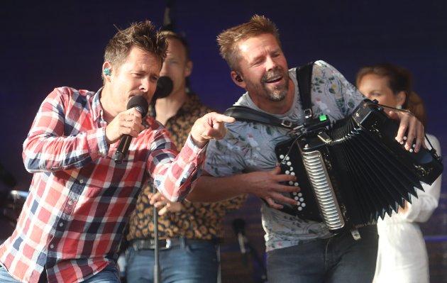 Lars-Erik Blokkhus og Glenn Hauger fra Plumbo sørget for god steming.