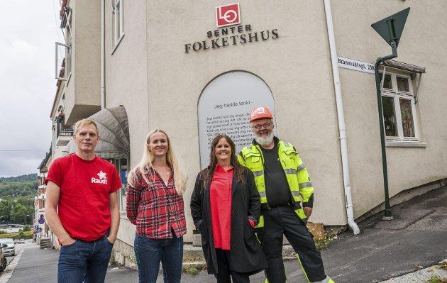 RØDT I LARVIK: Toppkandidatene samlet. Fra venstre Vinjar Rosendal, Heidi Elaine Follett, Hanne Marte Kleven Bjordammen og Steinar Henden.