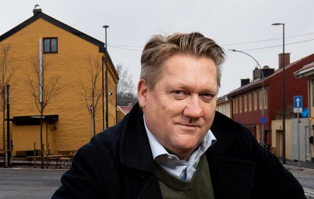 Eirik Mosveen, politisk redaktør i Avisa Oslo, mener Kari Anne Kaski er modig som tør å tenke nytt.