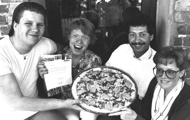 Pizza Factory i Moss sentrum. Vinnere av konkurranse.