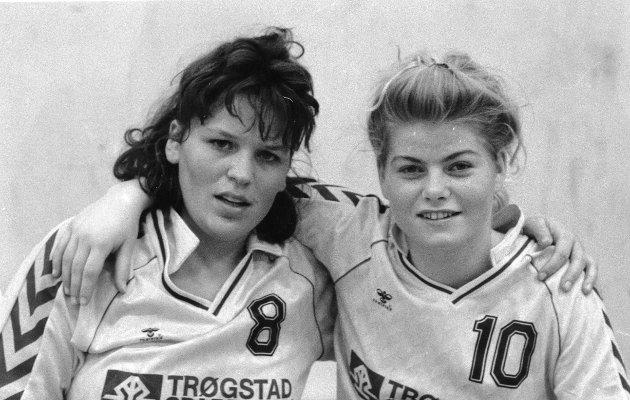 Håndballprofilene Marit Hagelund og Merete Arnegård fra Trøgstad i 1991.