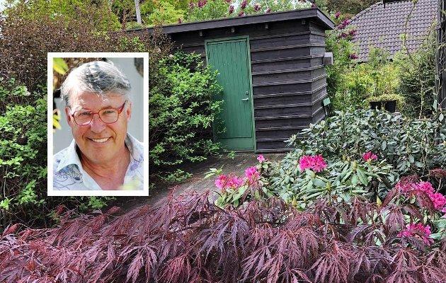 – Det er veksten som gjør hagen, hjulpet av stell fra min private lille Gartnerskole.